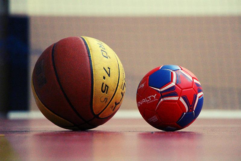 Escolinhas: Basquete -  Futsal - Voleibol