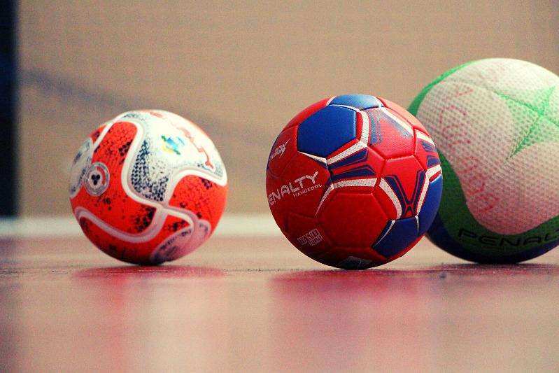 Treinamentos - Futsal e Vôlei