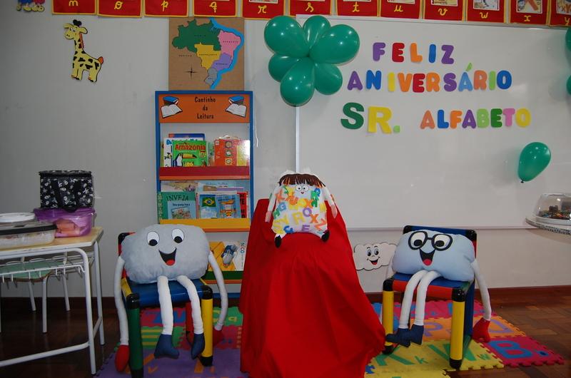 Aniversário do Sr. Alfabeto