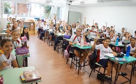 Primeiro dia de aula para Ed. Infantil e Ensino Fundamental I