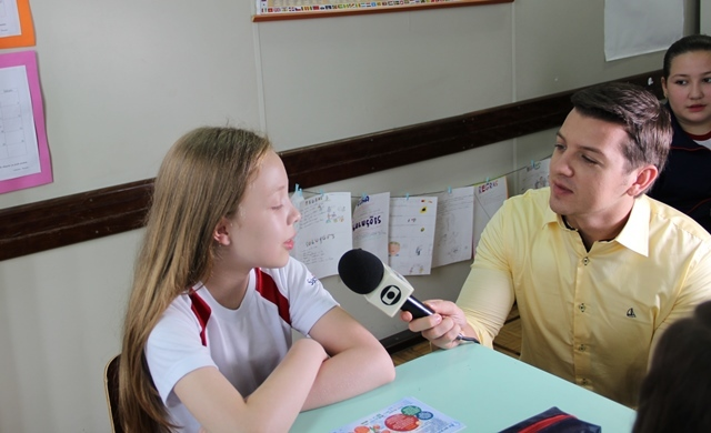 Educandos do 6º ano 1 participam de matéria no Jornal da RPC sobre a prevenção da Doença Renal