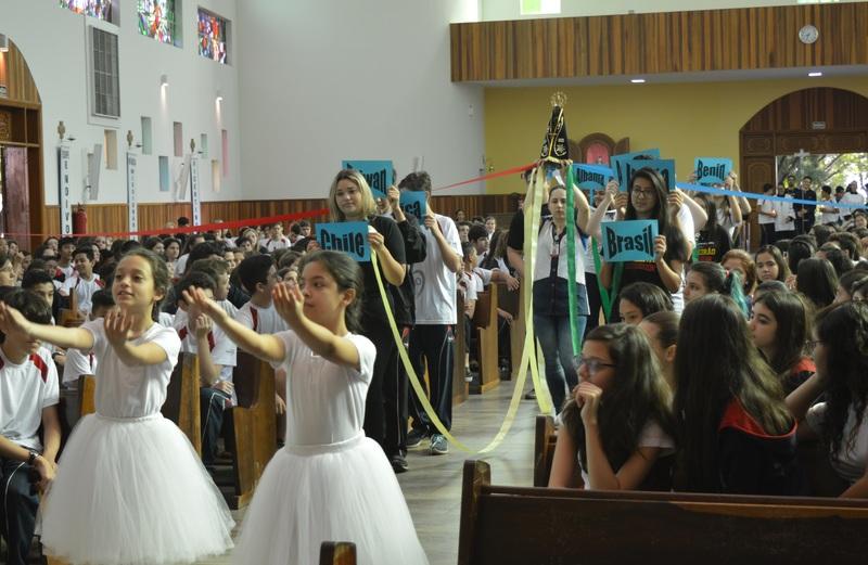 Colégio Coração de Jesus celebra os 300 anos de Aparecida