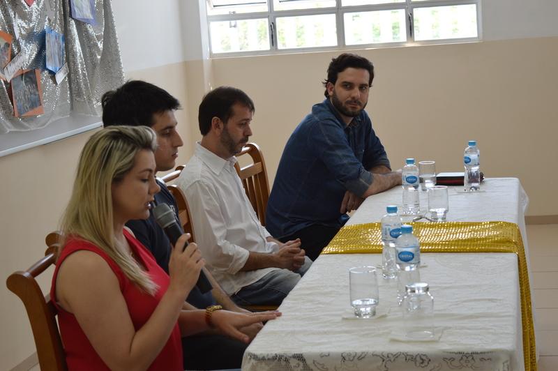 Educandos do Colégio Coração de Jesus participam de Conferência sobre Vocação