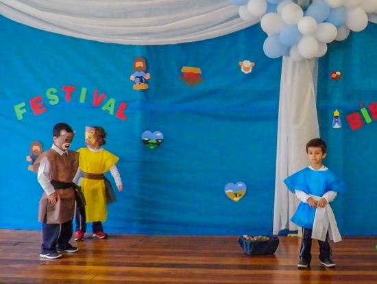 Unidade Educacional São Domingos realiza Gincana Bíblica