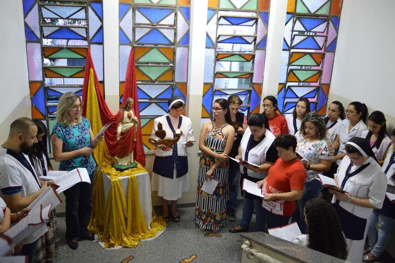 Colégio Coração de Jesus comemora o Dia dos Professores