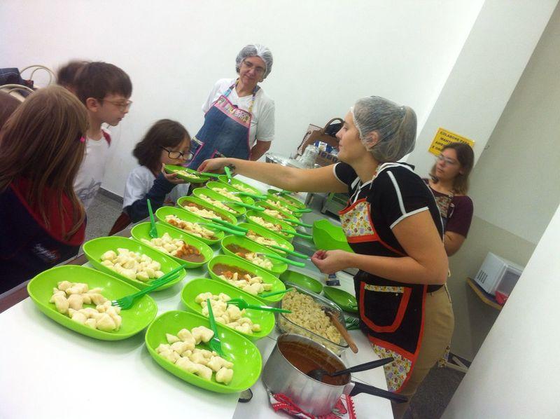 """Cucinare un delizioso gnocchi"" (cozinhando um delicioso nhoque)"