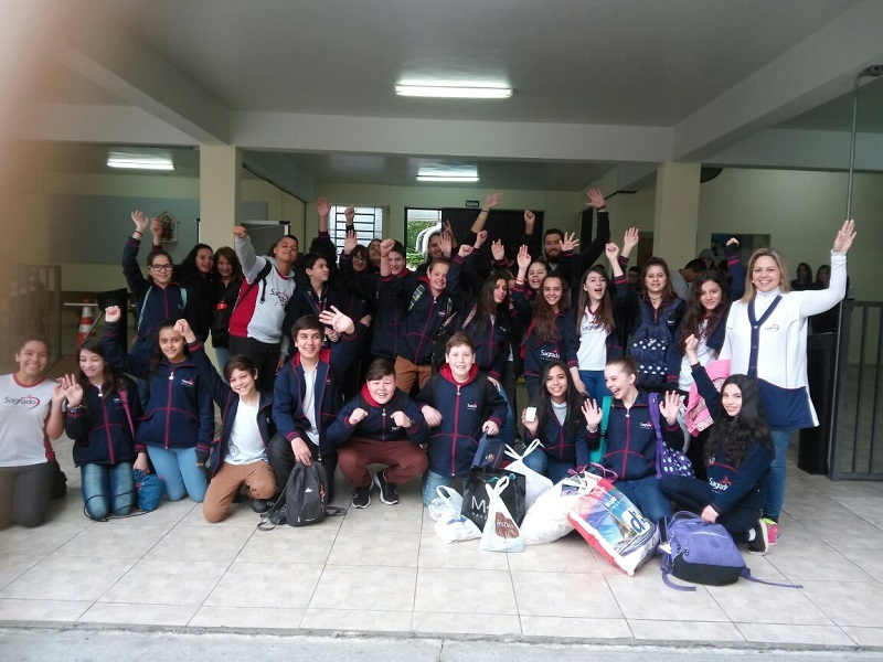 Educandos visitam Aldeia Araça-i em atividade do projeto de aprendizagem