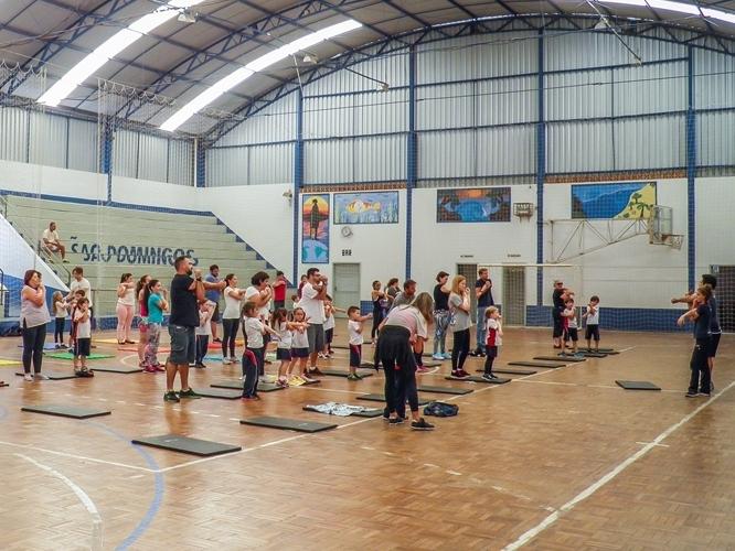 Matroginástica movimenta a Escola São Domingos