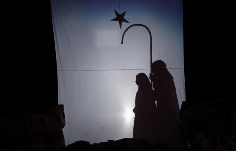 O Nascimento de Jesus - Teatro de Sombras