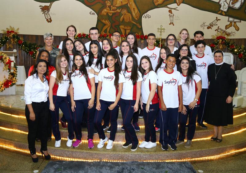 Missa de Ação de Graças 9º anos e 3ª séries do Ensino Médio