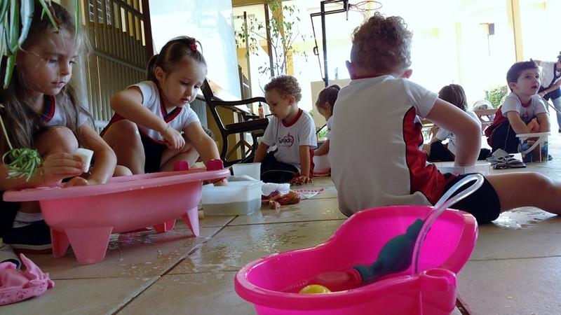 Hora do banho no Infantil III