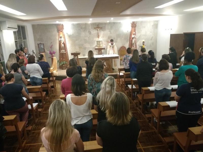 Celebração Pascal com os educadores do Imaculada