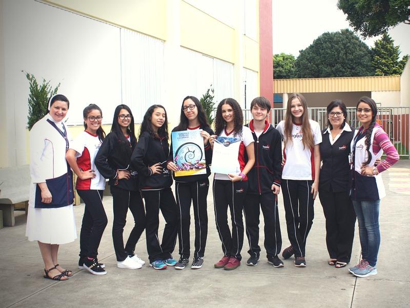 Educandos participam de Concurso Internacional de Redação