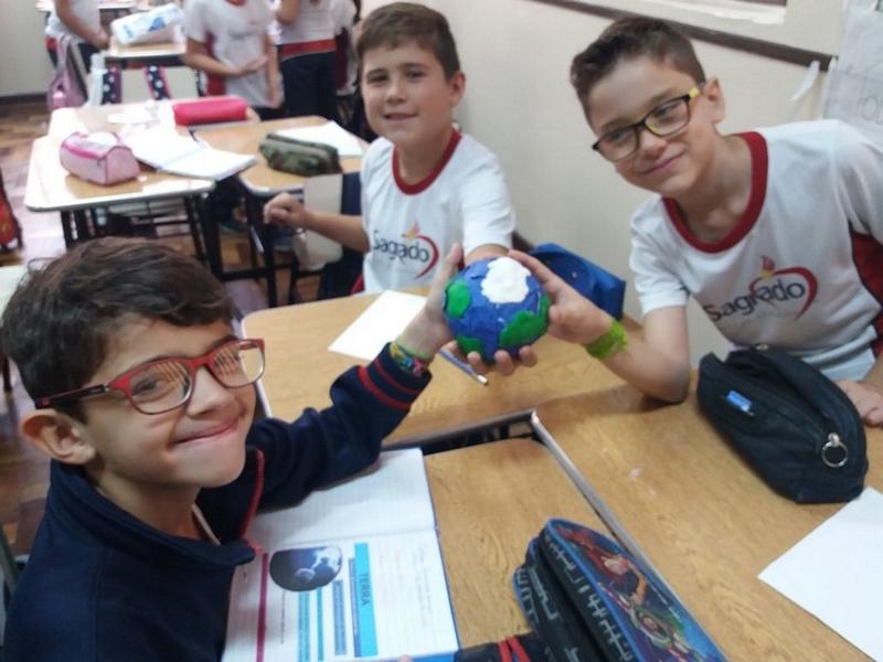 Viajando pela galáxia: Educandos dos 4º anos constroem o Sistema Solar