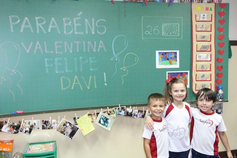 Turmas da Educação Infantil comemoram os aniversariantes do mês de Abril