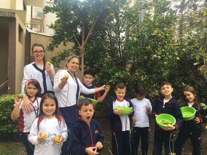 Educandos do Integral Realizaram Aula Divertida em Jardim Secreto