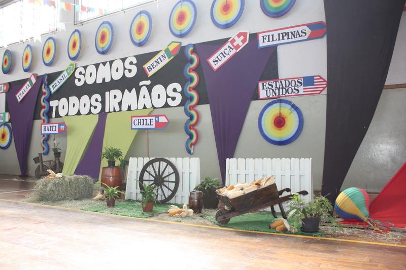 """Festival Folclórico """"Somos Todos irmãos"""""""