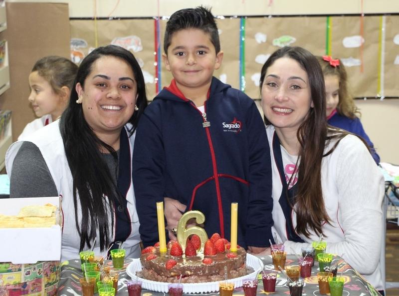 Turmas da Educação Infantil comemoram os aniversariantes do mês de Julho
