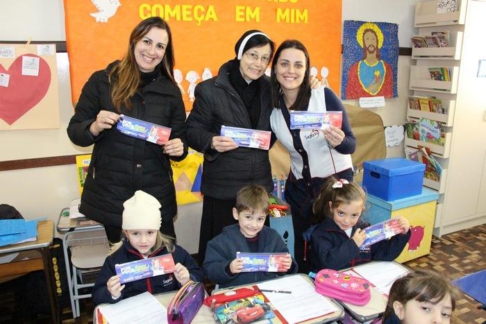 Imaculada comemora o Dia do Estudante e lança Projeto Bilíngue