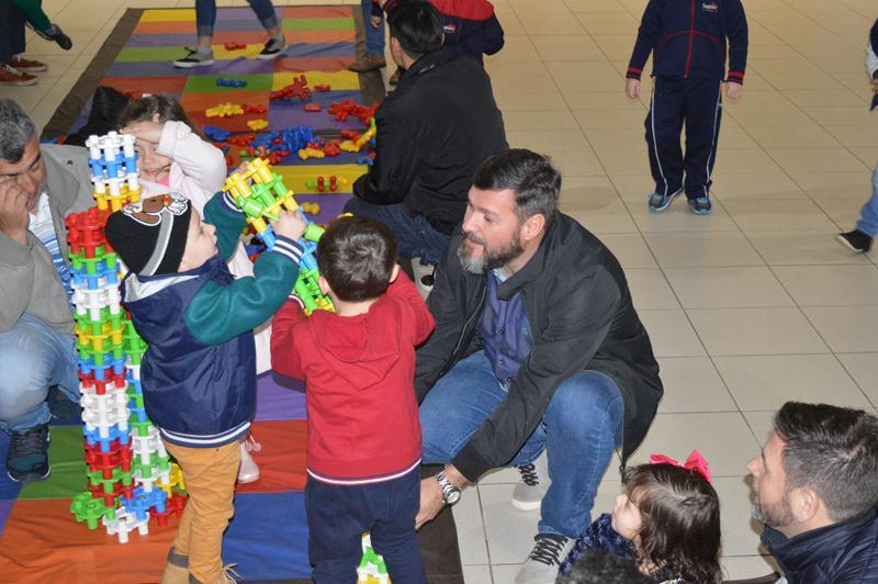 Dias dos Pais - Diversão e alegria entre pais e filhos