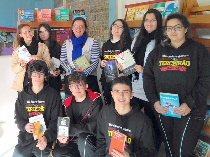 """Unidade Educacional Escola São Domingos """"forma"""" leitores"""