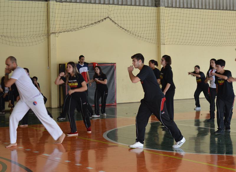 Capoeira – um convite à atividade física