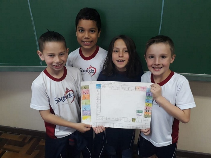 3ºs anos do Ensino Fundamental aliam aprendizagem e brincadeiras