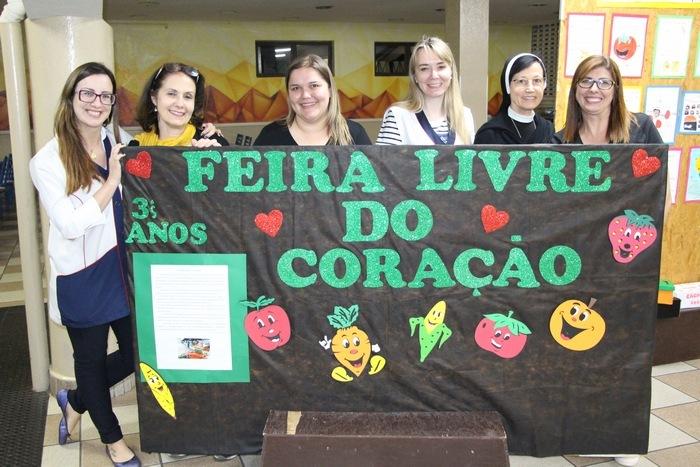 """3ºanos realiza projeto da """"Feira Livre do Coração"""""""