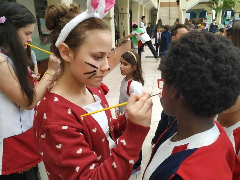 Educandos do Curso de Formação de Docentes promovem recreio diferenciado no Mês das Crianças