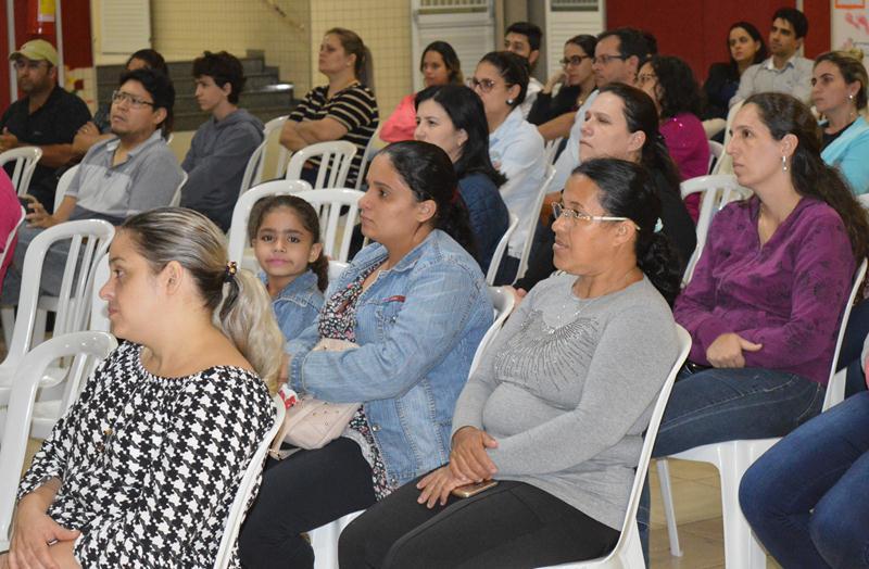 Reunião de Pais Novos no Colégio Coração