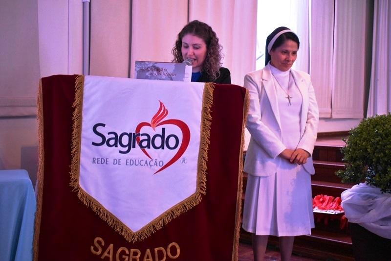 Colégio Sagrado realiza Festival de Poesias