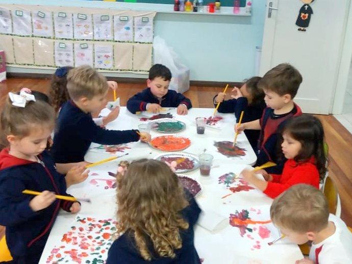 Família, escola e arte, diversão faz parte