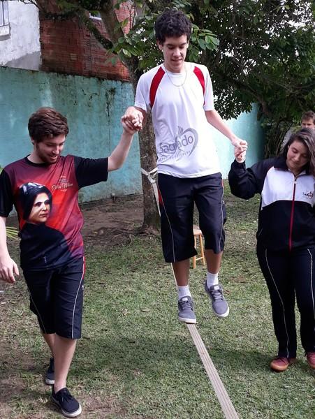 Slackline - Esporte de aventura na escola