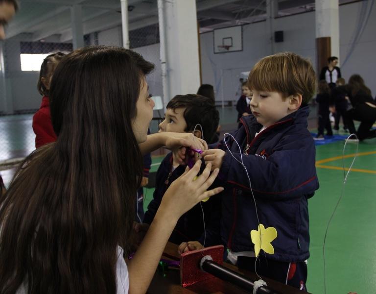Educandos da 1ª série do Curso de Formação de Docentes constroem e aplicam circuito motor para turmas da Educação Infantil