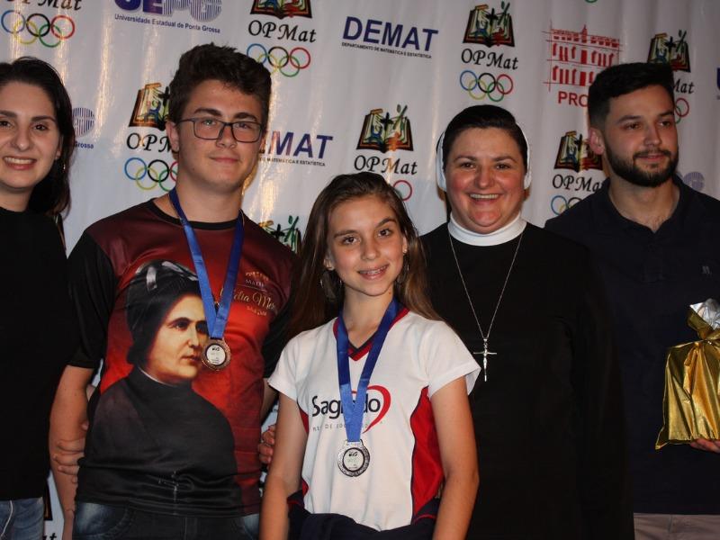 Educandos de Ponta Grossa são premiados nas Olimpíadas de Matemática