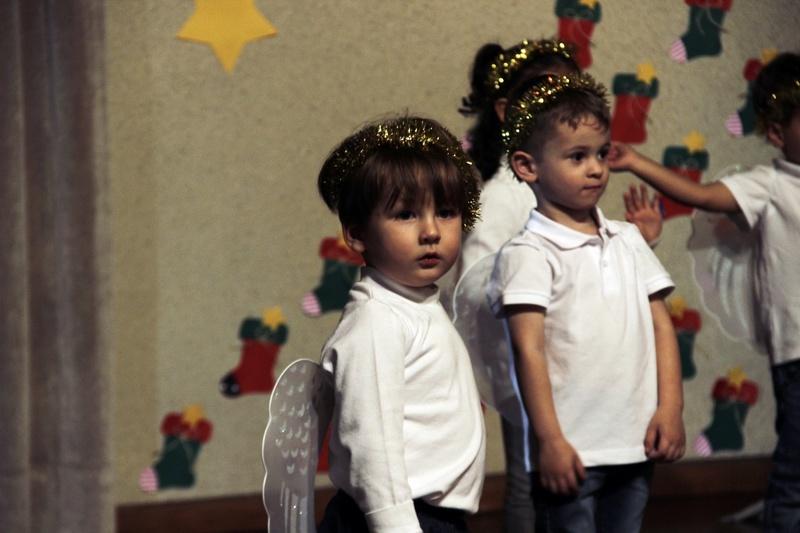 """""""Natal – Amor em Ação"""": turmas da Educação Infantil e 1ºs anos do Ensino Fundamental I promovem Celebrações Natalinas e encantam pais e convidados"""