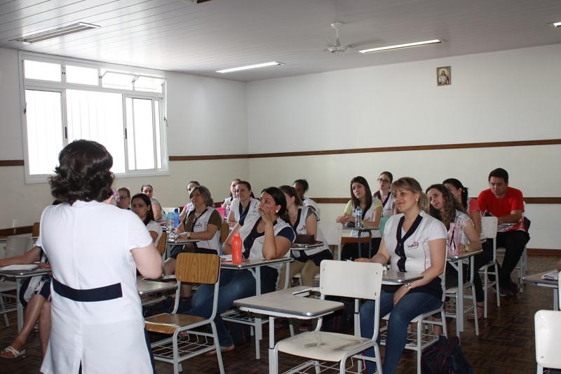 Unidade de Ponta Grossa realiza Reunião Interna Pedagógica
