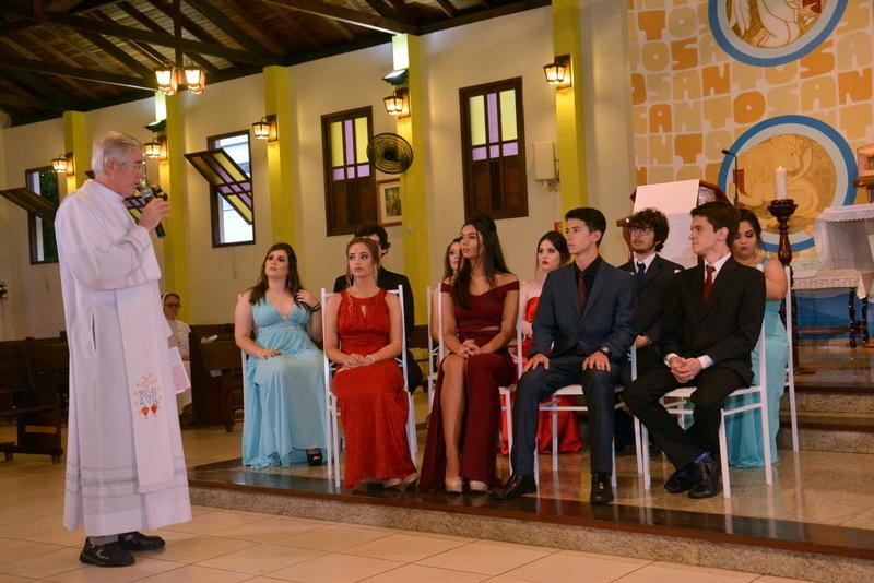 Unidade Educacional Escola São Domingos realiza a celebração de conclusão do Ensino Médio
