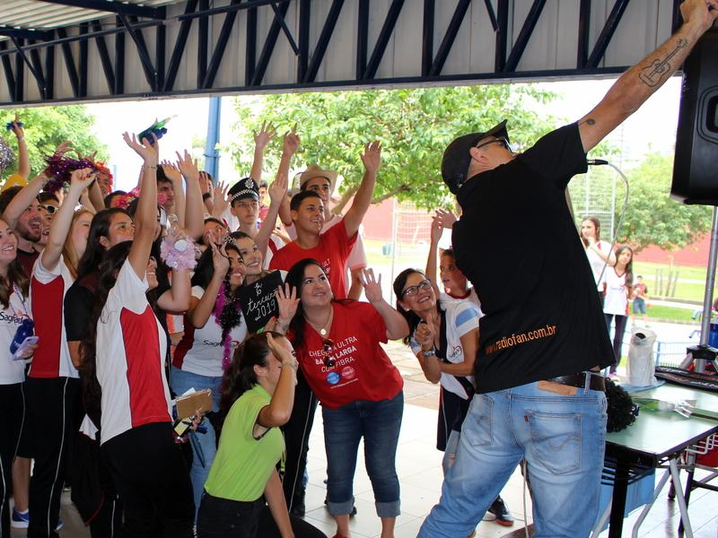 Volta às aulas movimenta a Unidade Educacional Escola São Domingos