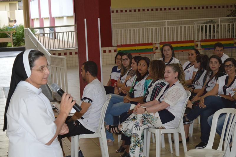 Reunião com Pais e Responsáveis Legais no Colégio Coração