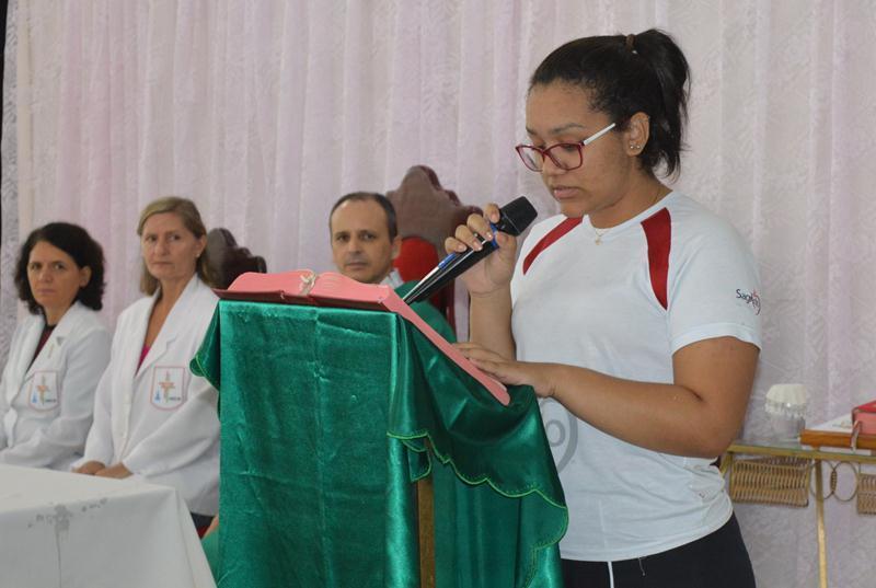 Educandos rendem Ação de Graças pelo início do Ano Letivo