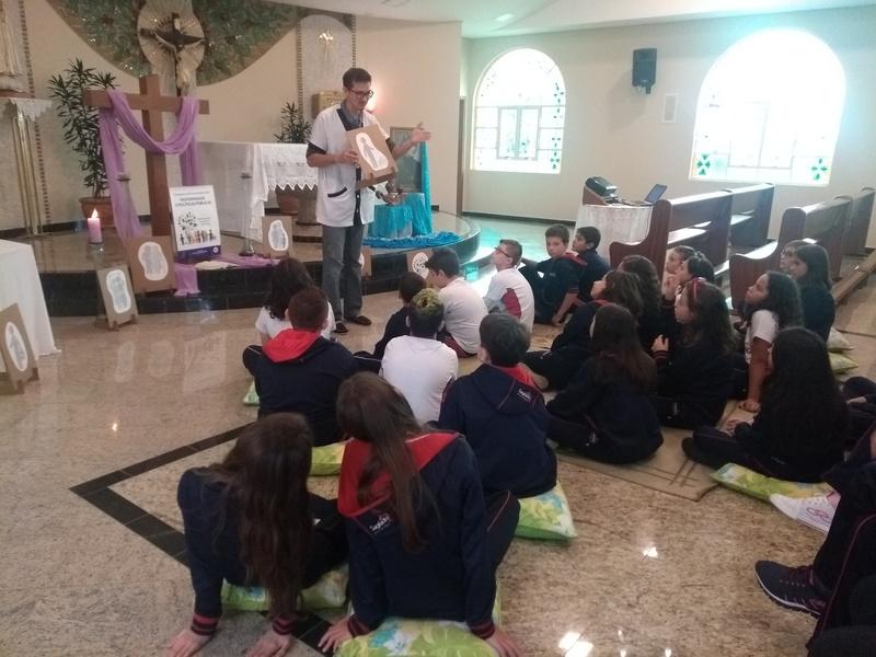 Pastoral Escolar promoveu Celebração Quaresmal