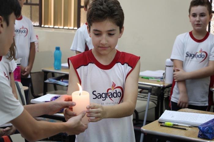 Educandos dos 6ºs anos fazem a Oração da Prece Ecumênica