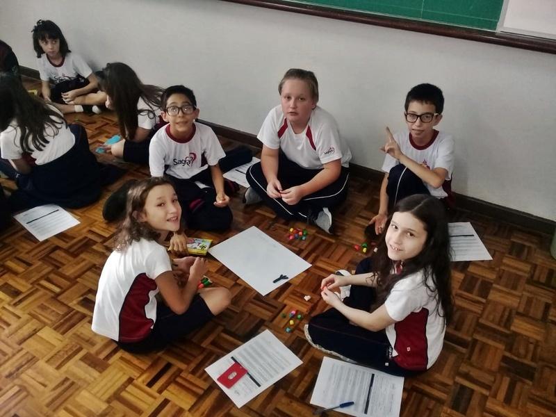 Ensino Religioso: turmas dos 6ºs anos fazem representação dos personagens míticos com massinha de modelar