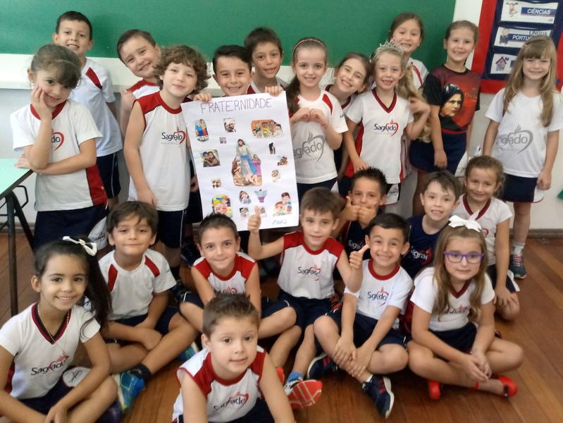 Educandos dos primeiros anos trabalham a Fraternidade na Unidade Educacional Escola São Domingos