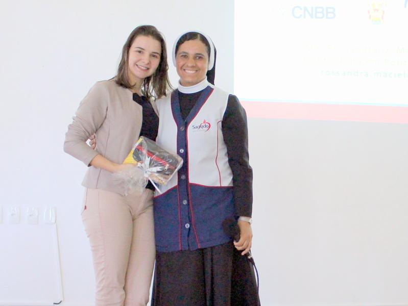 Unidade Educacional Escola São Domingos promove palestra sobre a Campanha da Fraternidade de 2019