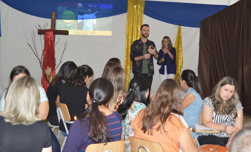Educadores Celebram a Páscoa de Jesus