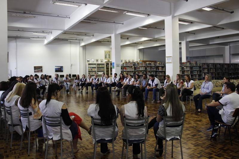 Educadores discutem o Ensino Híbrido durante a 1ª Reunião Interna Pedagógica