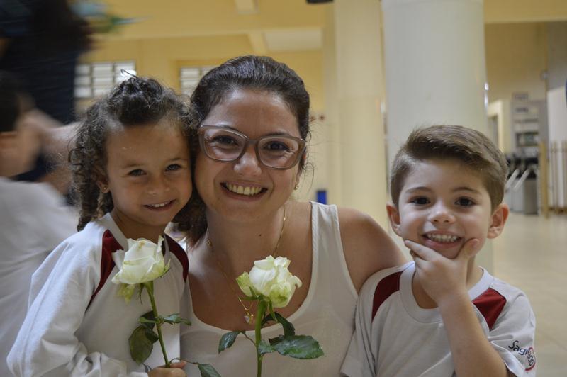 Educação Infantil e 1º ano comemoram o Dia das Mães