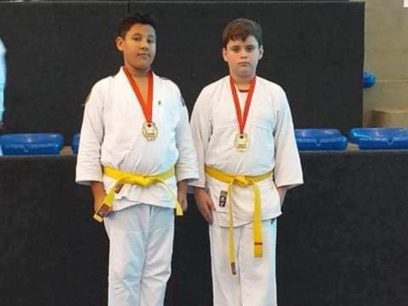 Judocas do SAGRADO Ponta Grossa arrasam no Torneio Regional da Região Centro-Sul de Judô